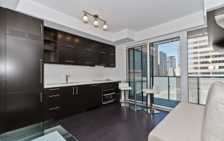 U Condos at 1080 Bay Street – One Bedroom For Sale