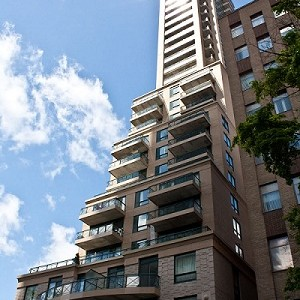7 Luxury Condos on the Cusp of Yorkville Interested in buying a property in Yorkville? Click...