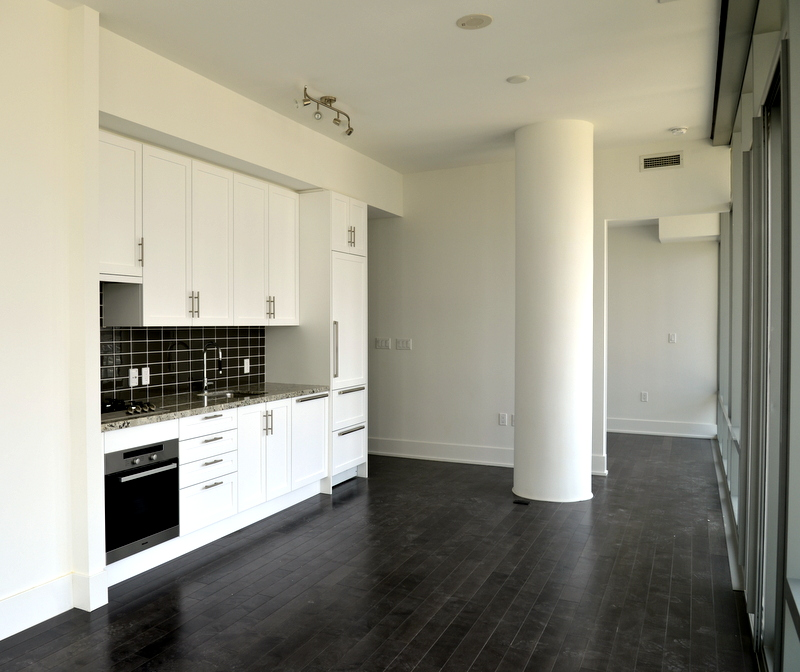 Pier 27 Condos For Sale & For Rent