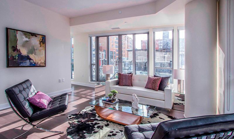 BERCZY CONDOS FOR SALE - LIVING