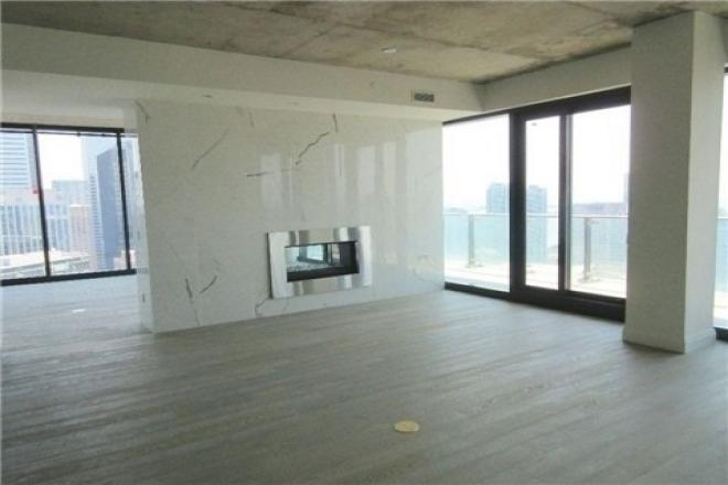 224 KING WEST - PENTHOUSE SUITE FOR SALE