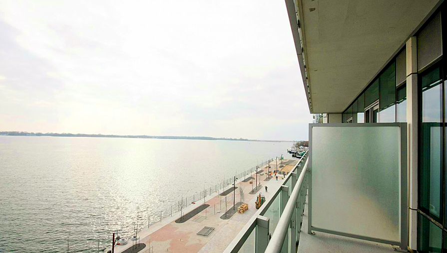 39 QUEENS QUAY - BALCONY LAKEVIEW - CONTACT YOSSI KAPLAN
