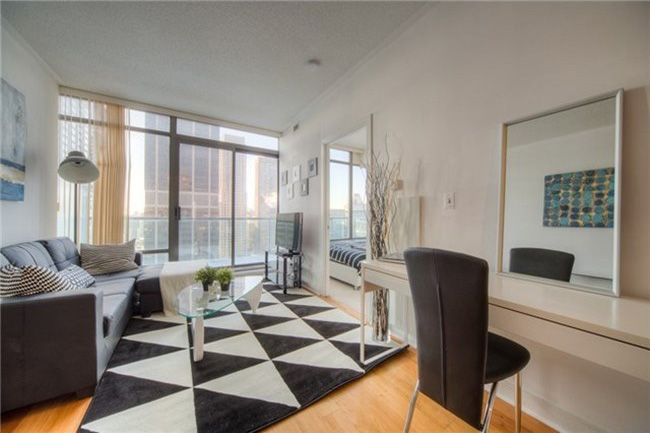 18 YORKVILLE ONE BED FOR SALE - CONTACT YOSSI KAPLAN