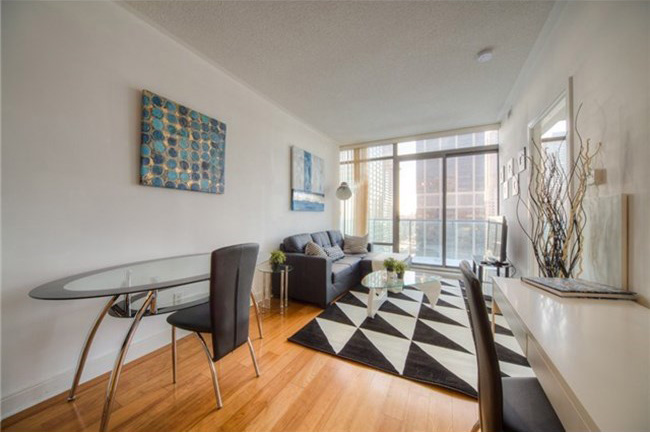 18 YORKVILLE ONE BEDROOM FOR SALE - CONTACT YOSSI KAPLAN
