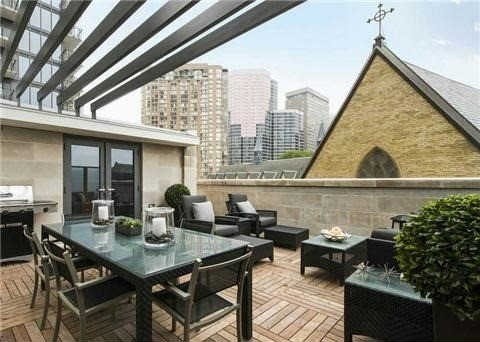 1082 BAY PRIVATE TERRACE - TOWNHOME FOR SALE - CONTACT YOSSI KAPLAN