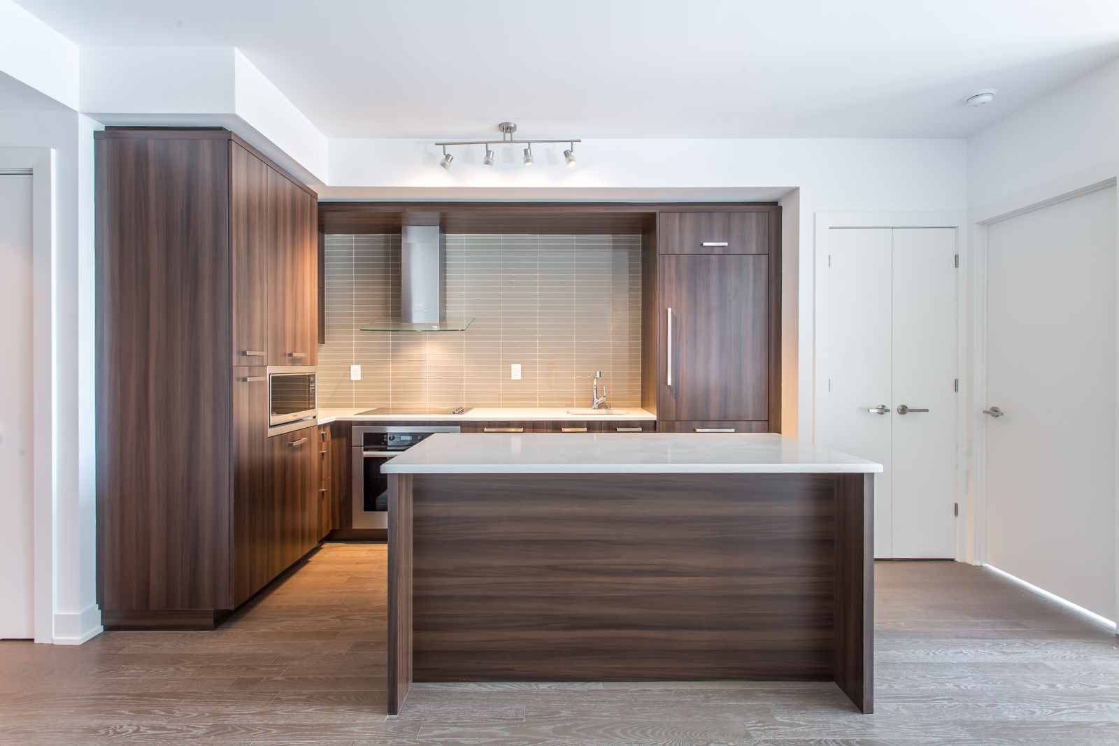 yonge-and-lawrence-condos-one-bedroom-for-sale-contact-yossi-kaplan