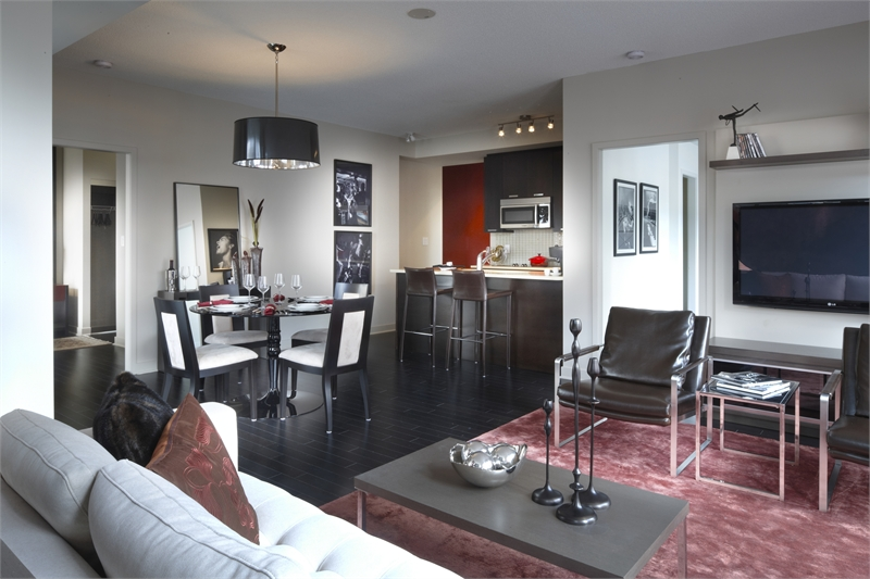 PINNACLE ON ADELAIDE - CONDOS FOR SALE - CONTACT YOSSI KAPLAN
