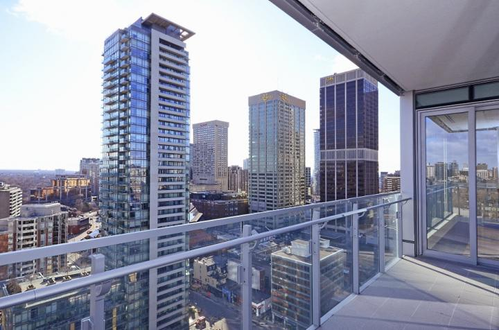 FOUR SEASONS - CONDOS FOR SALE - 50 YORKVILLE AVE