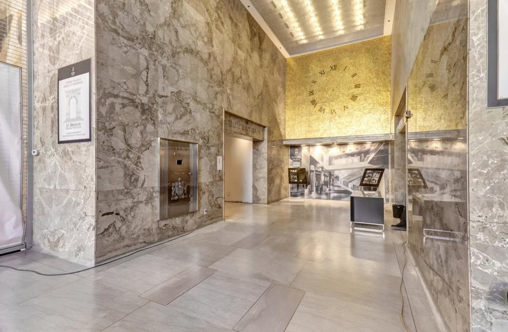 IMPERIAL PLAZA CONDOS - 111 ST CLAIR AVE W