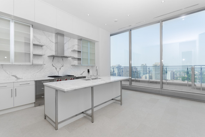 50 YORKVILLE - PENTHOUSE FOR SALE - CONTACT YOSSI KAPLAN
