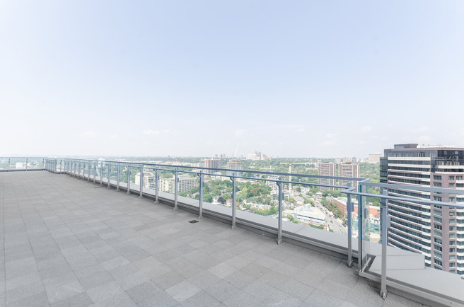 50 YORKVILLE - PENTHOUSE FOR SALE TERRACE - CONTACT YOSSI KAPLAN