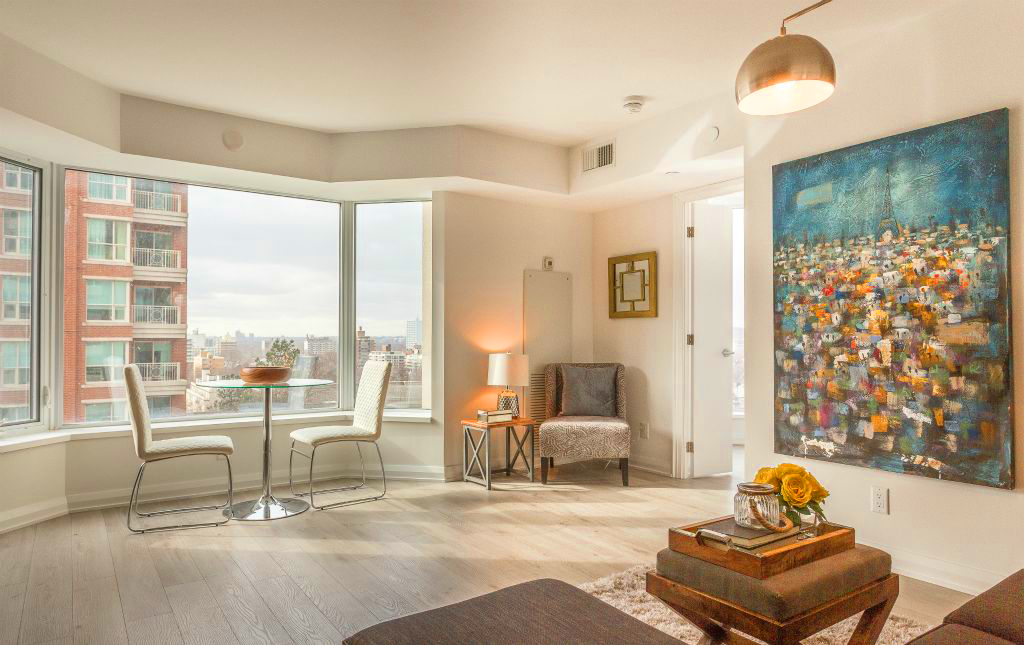 155 YORKVILLE AVE - YORKVILLE PLAZA CONDOS FOR SALE