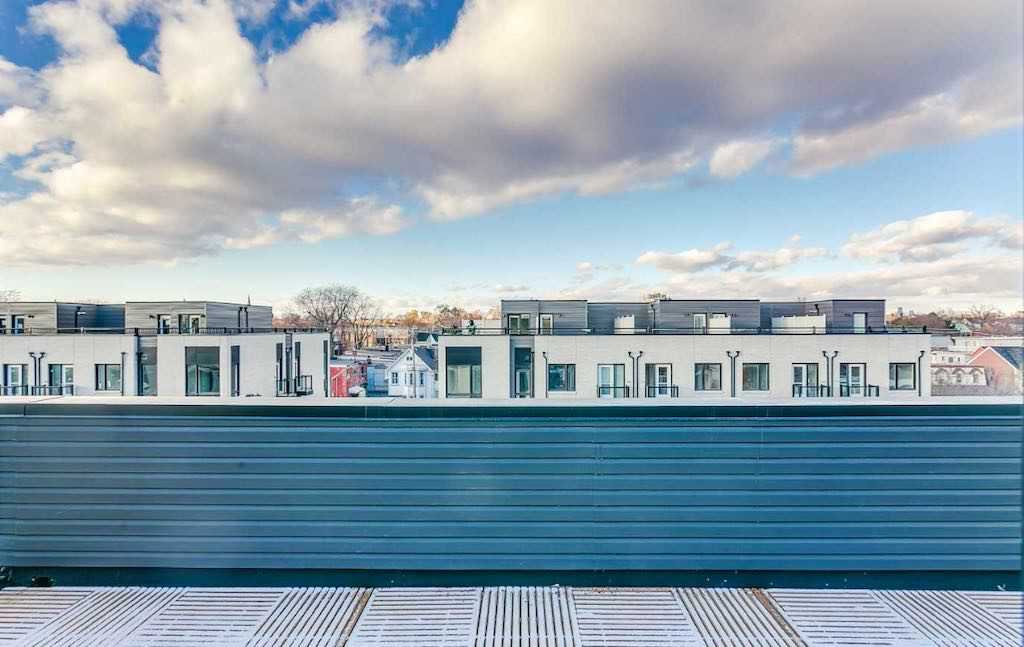 39 Florence Townhome For Sale - Rooftop